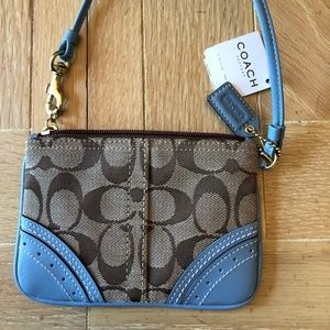 Coach Signature Wristlet New